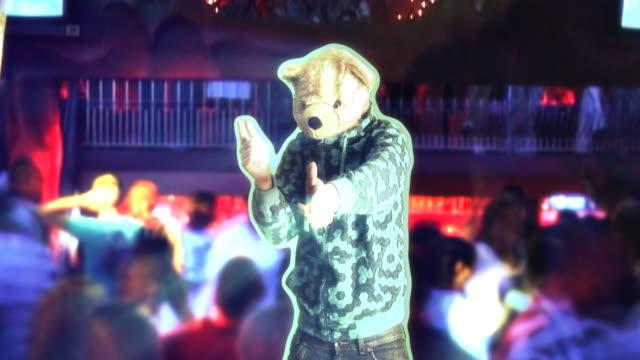 vídeos de stock e filmes b-roll de discoteca teddy hd - teddy bear