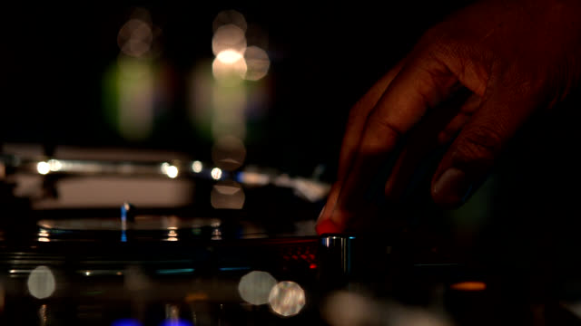 dj's hand and turne table video