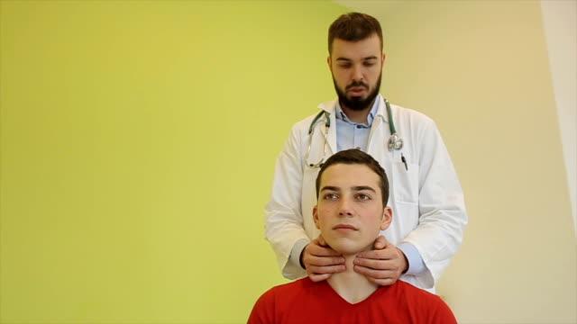 Thyroid exam video