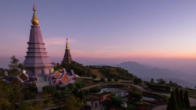 doi inthanon milli parkı - stupa stok videoları ve detay görüntü çekimi