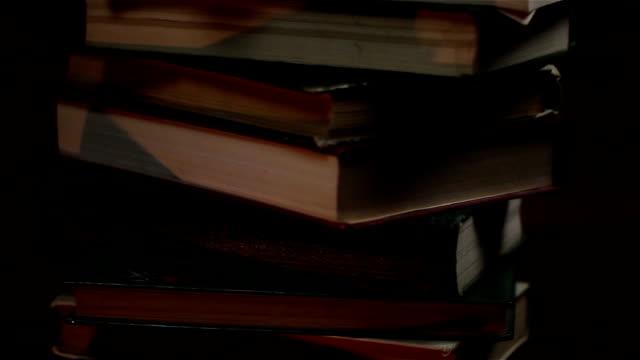 Dollar on Books. video