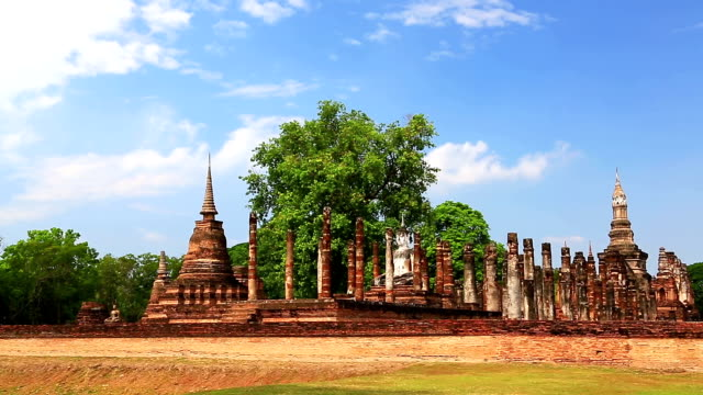Dolly shot: Temple in Sukhothai historical park Thailand video