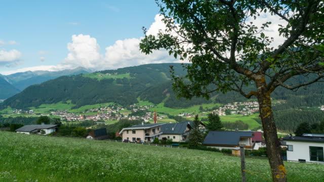 Dolly-Zeitraffer, beweglichen Wolke in Seiser alm, Dolomiten – Video