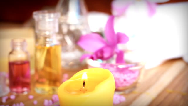 HD dolly:aromatherapy massage oil. video