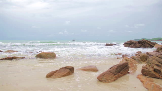 HD Dolly:Large rocks on the beach. video