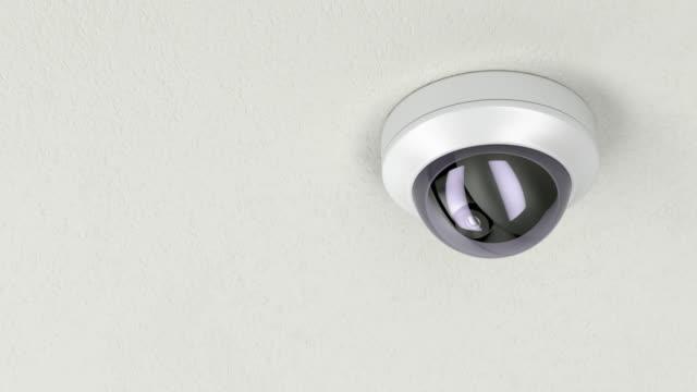 dome überwachungskamera - überwachungskamera stock-videos und b-roll-filmmaterial