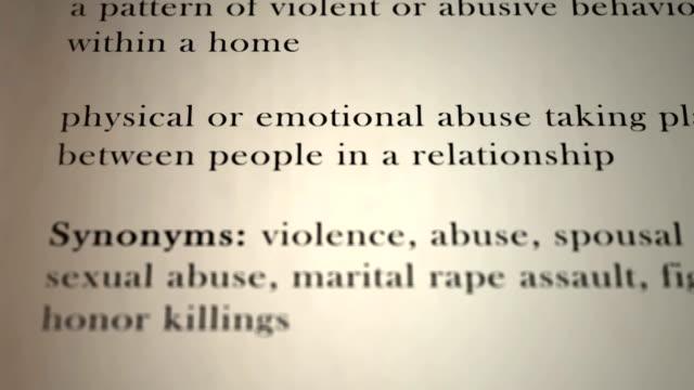 vídeos y material grabado en eventos de stock de definición de violencia doméstica - violencia doméstica