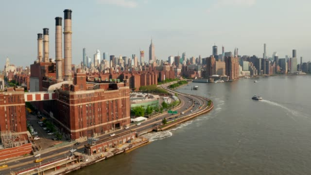 domino park in brooklyn, williamsburg - cavo componente elettrico video stock e b–roll