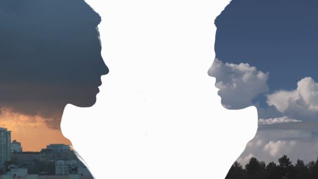 二重露出の肖像画 - シュールレアリズム点の映像素材/bロール