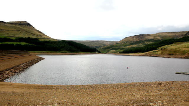 Dove Stone reservoir low level after dry summer video