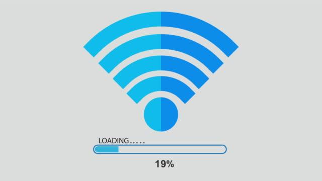 processo di download e caricamento. - scaricare dall'internet video stock e b–roll