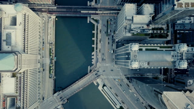 downtown chicago - bird eye view - american architecture stock videos & royalty-free footage