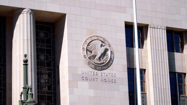 downtown los angeles united states court house in 4k slow motion - incisione oggetto creato dall'uomo video stock e b–roll