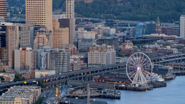 공중 다운 타운 시애틀 - seattle 스톡 비디오 및 b-롤 화면
