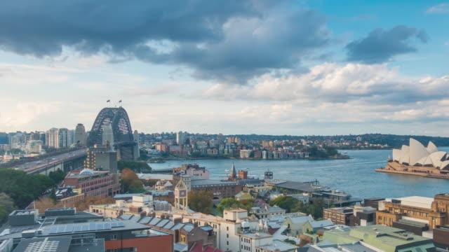 vidéos et rushes de horizon de sydney du centre-ville en australie de la vue supérieure - nord