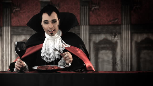 Dracula Diner http://www.lisegagne.com/louis/characters.jpg count dracula stock videos & royalty-free footage