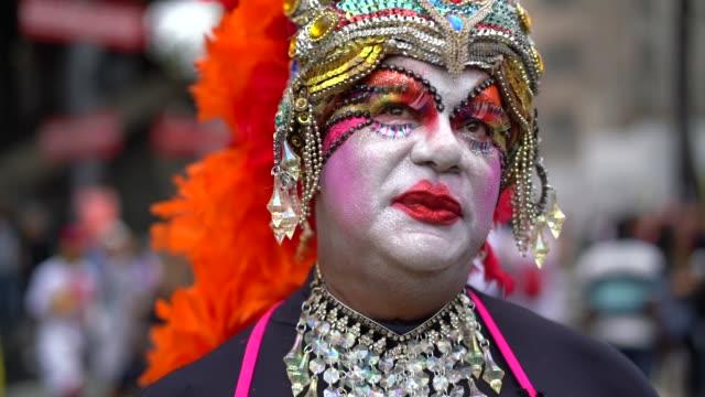 stockvideo's en b-roll-footage met portret van drag-queen - drag queen