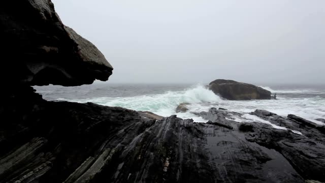 Dramatic Pemaquid Point video