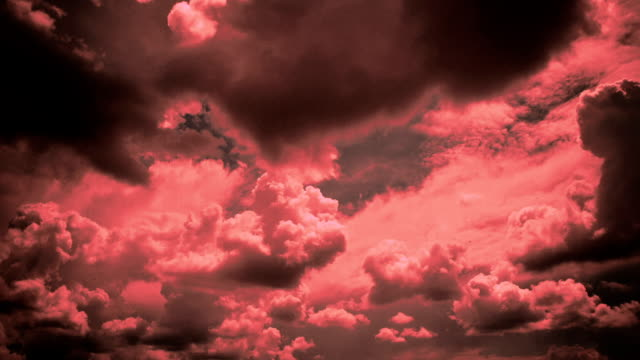 劇的な空  - 層積雲点の映像素材/bロール