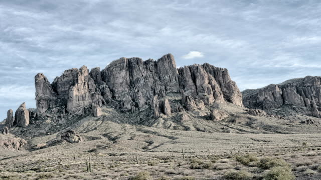 Dramatic Time Lapse of Superstition Mountain