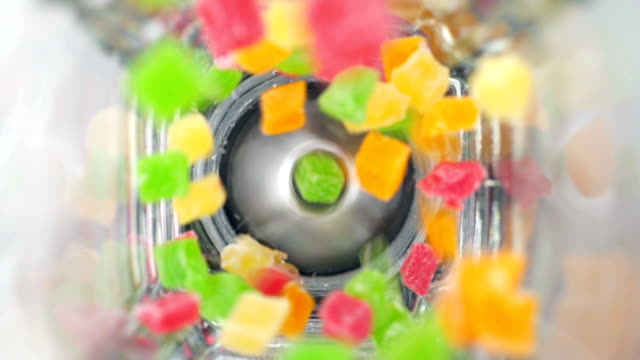 dried fruit in blender. - lama oggetto creato dall'uomo video stock e b–roll
