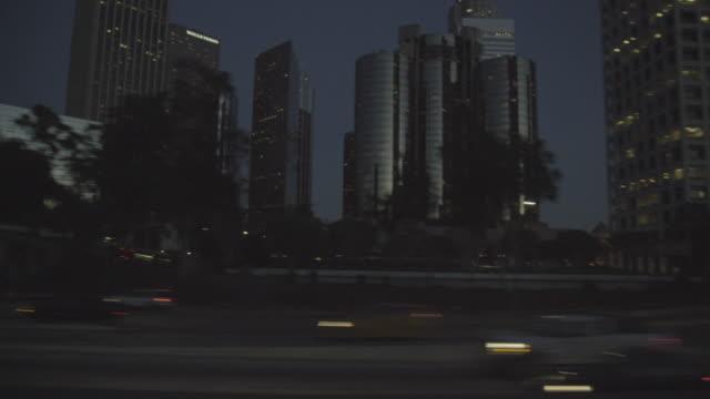vidéos et rushes de drive plate - los angeles - vue latérale