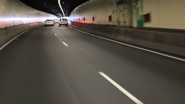 Drive sydney tunnel exit