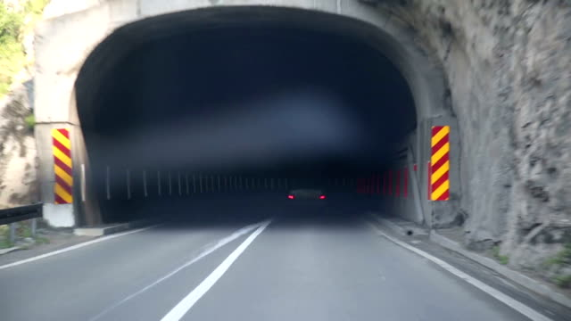 driving in canyon video