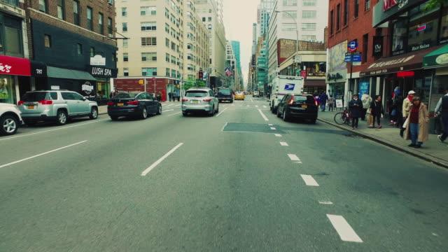 drivande pov i new york city - bilperspektiv bildbanksvideor och videomaterial från bakom kulisserna