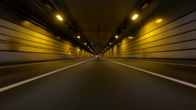 körning på motorväg på natten / bulk 4 / 5 - väg bildbanksvideor och videomaterial från bakom kulisserna