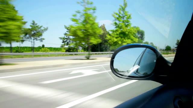 vídeos y material grabado en eventos de stock de por la carretera - stop sign