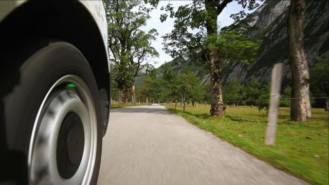 HD Fahren Sie auf der mountain road (car point of view) – Video