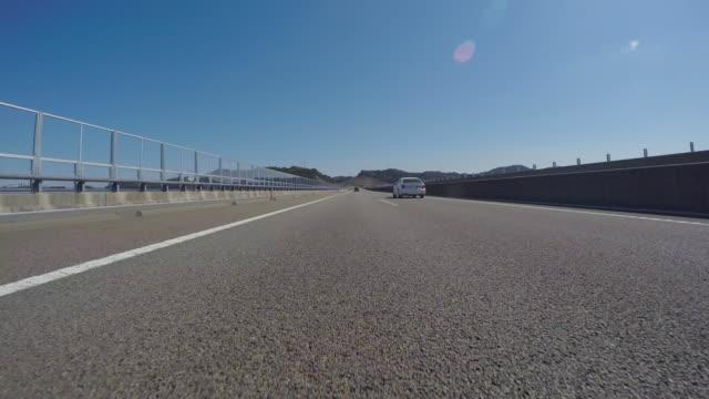 körning på motorvägen - bilperspektiv bildbanksvideor och videomaterial från bakom kulisserna