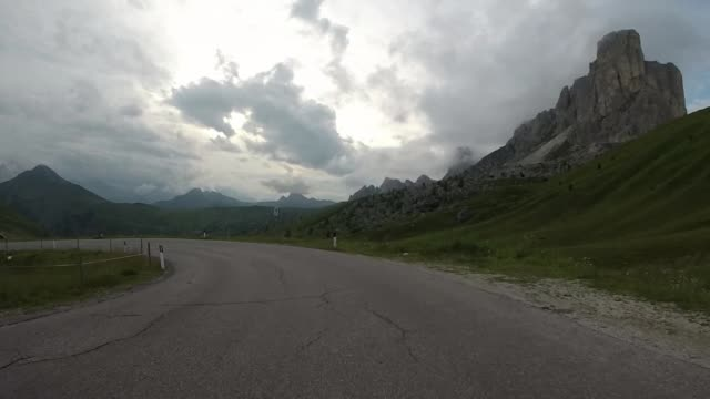 körning på väg, dolomit alperna - delstaten tyrolen bildbanksvideor och videomaterial från bakom kulisserna