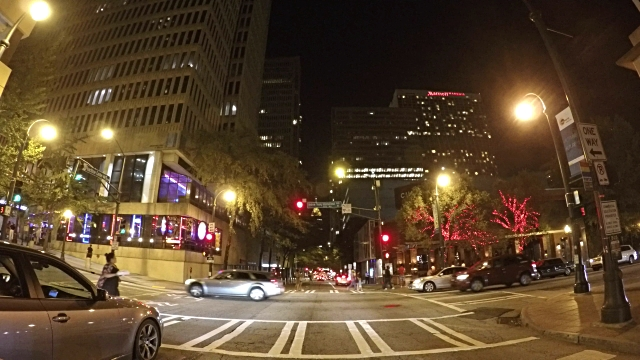 Guida attraverso il centro di Atlanta Georgia - video