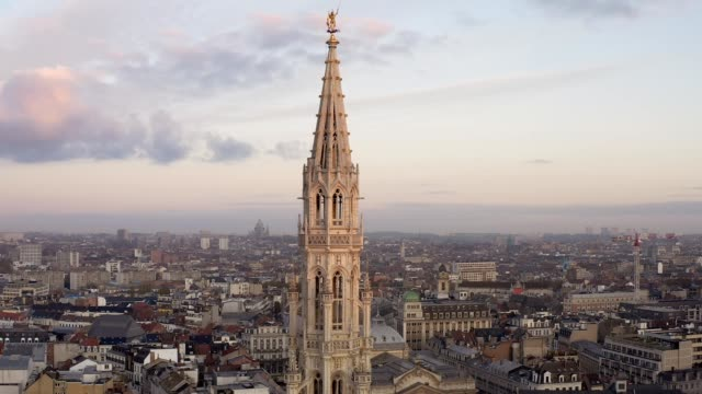 Drone aerial viel of Grand Place Brussels the city's Town Hall, and the King's House or Breadhouse. Aerial downtown house building city Brussels Belgium Drone aerial viel of Grand Place Brussels the city's Town Hall, and the King's House or Breadhouse. Aerial downtown house building city Brussels Belgium neo gothic architecture stock videos & royalty-free footage