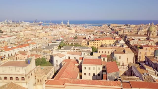 drone aerial view of old famous destination town palermo is located in the northwest of the island of sicily - palermo città video stock e b–roll