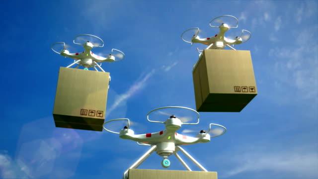 vídeos de stock e filmes b-roll de drone delivery service. air drones carrying package. - multicóptero