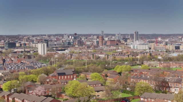 Drone Flight Over Holbeck Towards Leeds City Centre video