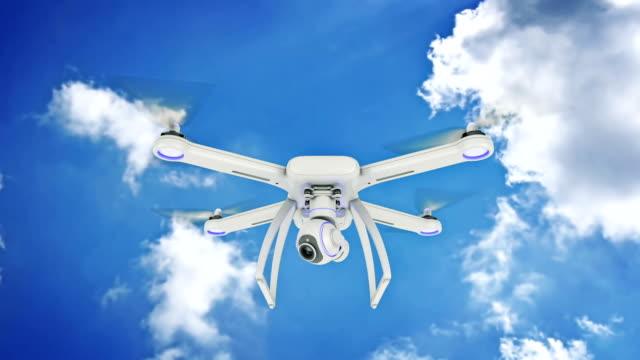 무인 비행기, quadrocopter, 푸른 하늘에 비행 하는 사진 카메라와 함께. 3 차원 렌더링 - 무인항공기 스톡 비디오 및 b-롤 화면
