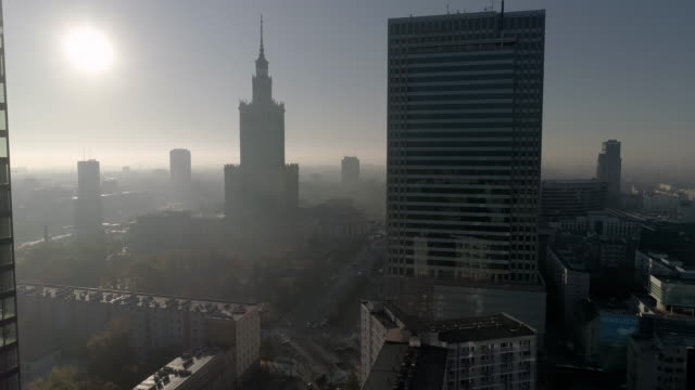 drone,footage,of,warsaw,streets,during,the,sunny,day. - smog video stock e b–roll