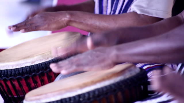 Drummers from Africa video