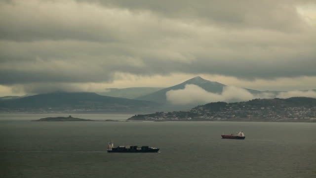 Dublin Bay with ships video