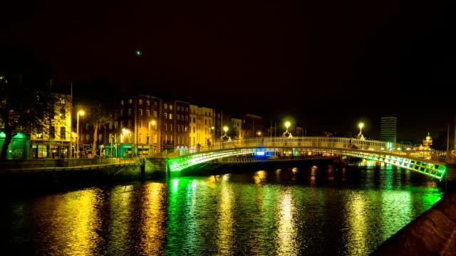 Dublin Halfpenny Bridge (timelapse) video