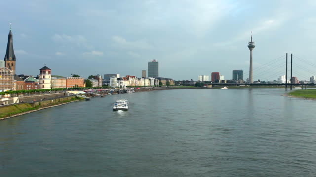 Duesseldorf - Time Lapse video