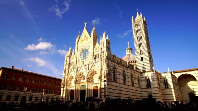 duomo di siena veya büyükşehir katedrali santa maria assunta siena - katedral stok videoları ve detay görüntü çekimi