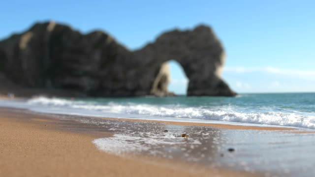 Durdle Door arch and beach video