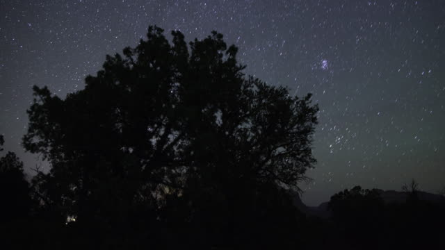 eagle crag stars zeitraffer - südwesten stock-videos und b-roll-filmmaterial
