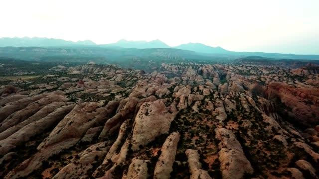 früh morgens in moab - utah stock-videos und b-roll-filmmaterial