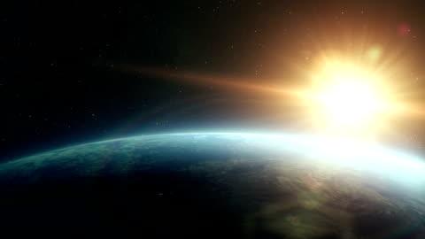vídeos y material grabado en eventos de stock de espacio de salida del sol de la tierra - sol